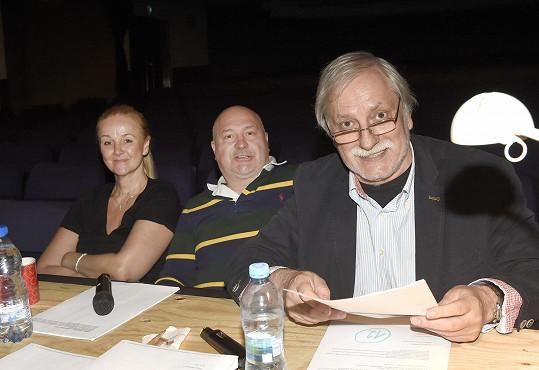 Tváře do představení vybírá režisér Zdeněk Zelenka spolu s Michalem Davidem a asistovala jim také Linda Finková.