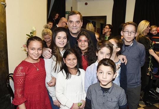 Miroslav Etzler s dětmi