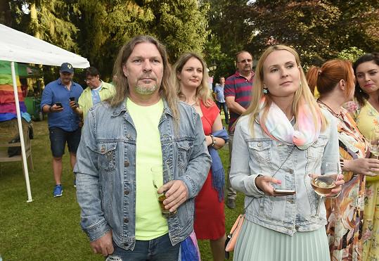 Petr Kolář s partnerkou Lenkou Chlupáčovou