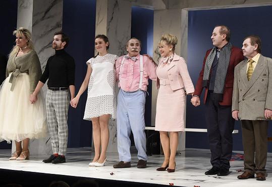 Pavel si k narozeninám věnoval premiéru komedie Lakomec.
