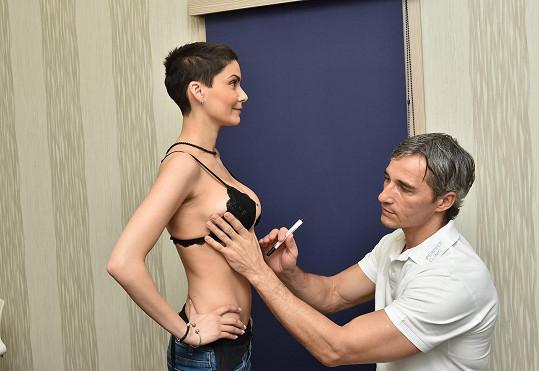Erbová při poslední kontrole u lékaře