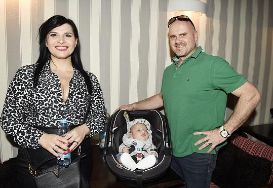 Manžel zpěvačky je náruživý sportovec, svou Andreu ale do pohybu nemusí nutit.
