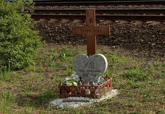 Skon Ivety připomíná kříž se srdcem.