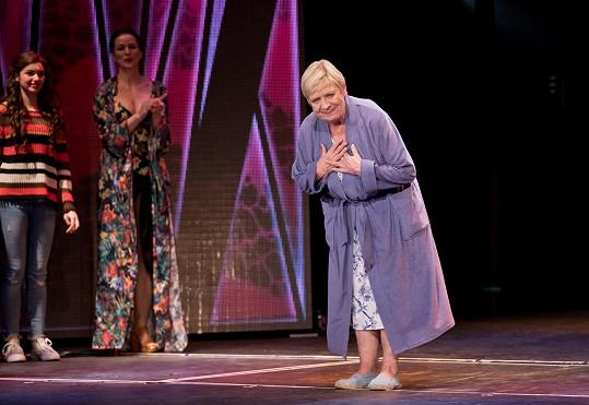 Herečka se na jeviště Divadla Broadway podívá zřejmě až po prázdninách.
