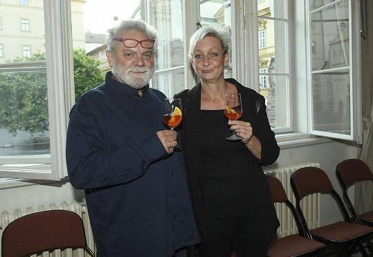 Přišel i Václav Upír Krejčí s manželkou. Se Světlanou se přátelí od dob Mimtria.