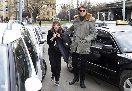 Tatiana a Vojta dorazili na novinářskou projekci filmu.
