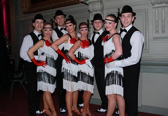 Kristýna tančila s dalšími českými tanečníky na Českém plese v Bruselu.
