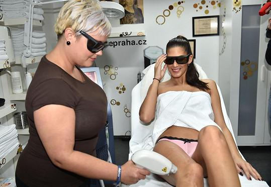 Při samotné laserové epilaci jsou nutné ochranné brýle.