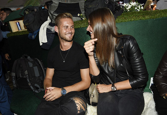 Modelka randí s fotbalistou Patrikem Dresslerem.
