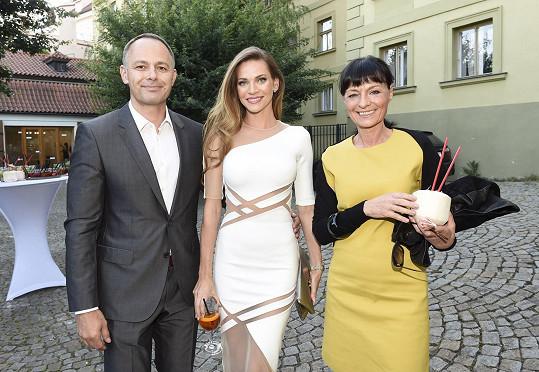 Daniel Volopich, Andrea Verešová a návrhářka Liběna Rochová