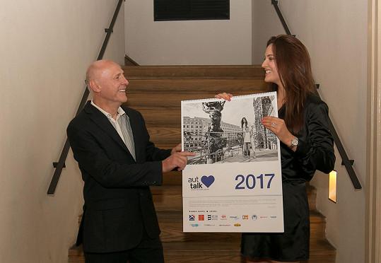 Nadační fond založila modelka Kateřina Sokolová se svým tatínkem.