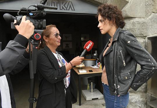 Katka při rozhovoru se Super.cz