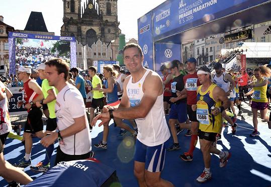 Roman Šebrle na startu Pražského maratonu