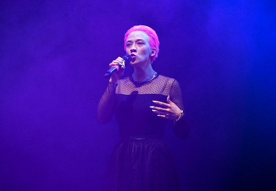 Tereza vystupovala v Divadle pod Palmovkou v rámci finále soutěže Dívka roku.