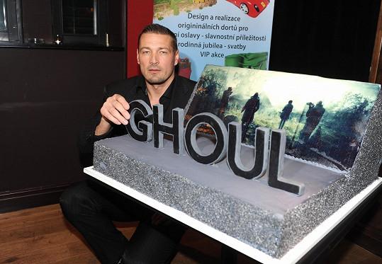 Petr Jákl film režíroval.