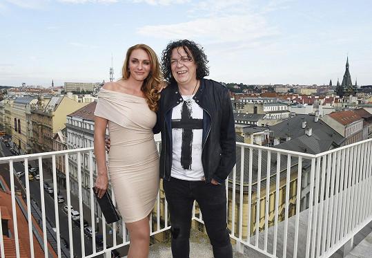 Richard Genzer s partnerkou Markétou Jiránkovou