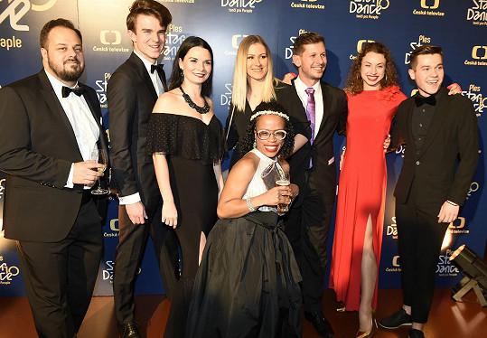 Na charitativním večírku potkal Ondřej i další kolegy, například youtubera Kovyho s tanečnicí, zpěvačku Tonyu Graves, tanečníka Nory Fridrichové Jana Kohouta nebo tanečnici Matouše Rumla Natálii Otáhalovou.