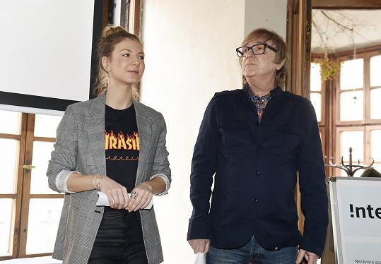 S Miro Žbirkou uváděli nominace jednotlivých kategoriích.