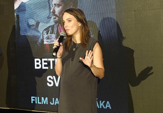Prezentovala film Jana Svěráka Betlémské světlo.