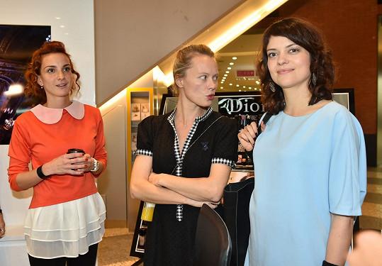 Herečka si popovídala s kolegyněmi Míšou Maurerovou a Lindou Rybovou.