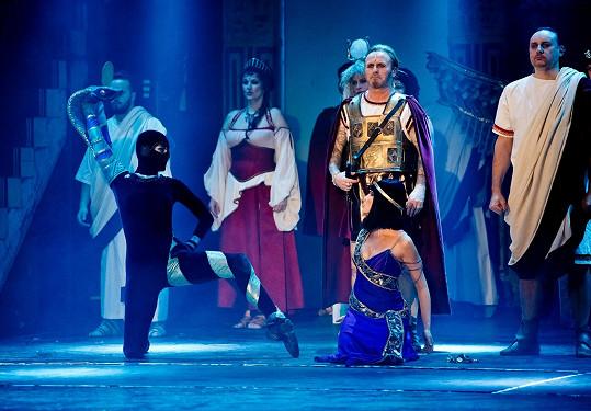 Vojtková tančila roli hada a zlatého ptáka.