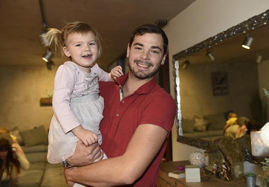 Michal Neuvirth s dcerou Emilkou