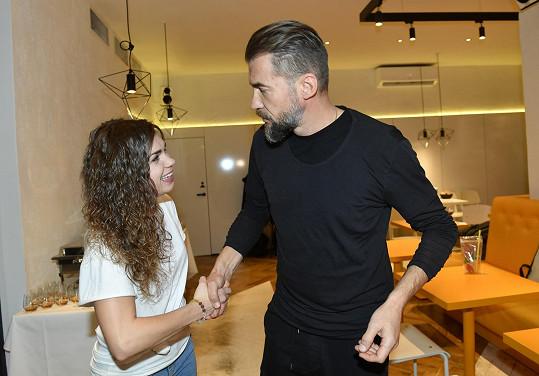 Na představení nového menu se jí v bistru představil i Bořek Slezáček.
