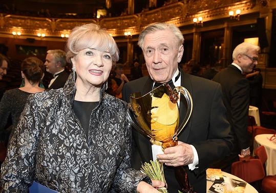 Petr Kostka v březnu 2018 obdržel Cenu Thálie 2017 za celoživotní činoherní herectví.