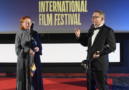 Ocenění Kristián jí předával ministr kultury Lubomír Zaorálek.