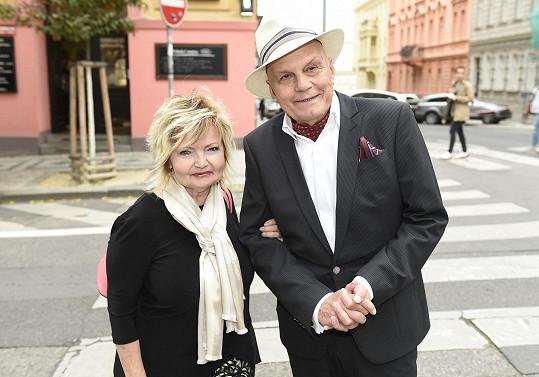Jan Přeučil a Eva Hrušková vyrazili na křest knihy.