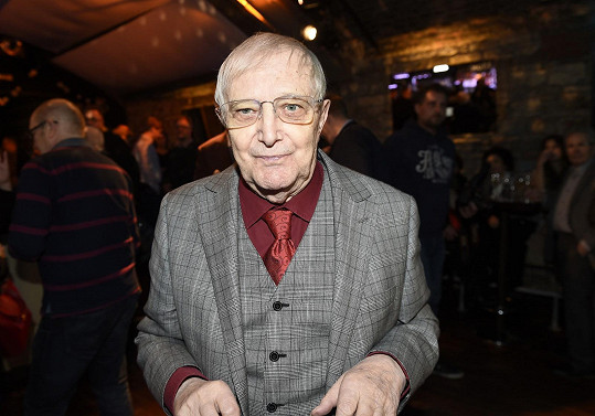 Jiří Suchý je stále velmi aktivní.