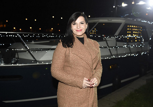 Andrea Kalivodová vyrazila zpívat na pronajaté lodi.