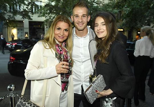Na večírku se potkali s Yvettou Blanarovičovou.