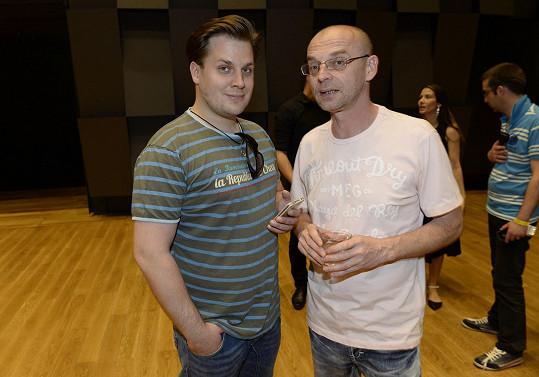 Zastoupil jej Tomáš Trapl (vpravo). Na snímku s Tomášem Savkou