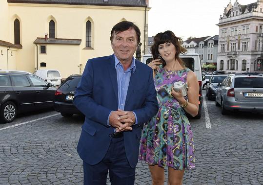 Muže roku se zúčastnili i další snoubenci - Pavel Trávníček a Monika Fialková.