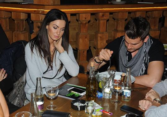 V restauraci s přítelem Jakubem Malinou.