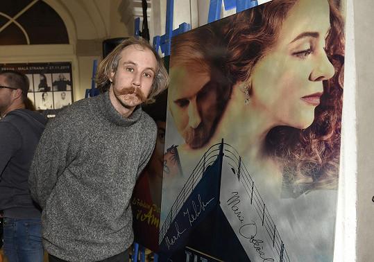 Pohyby mu diktoval choreograf Marek Zelinka.