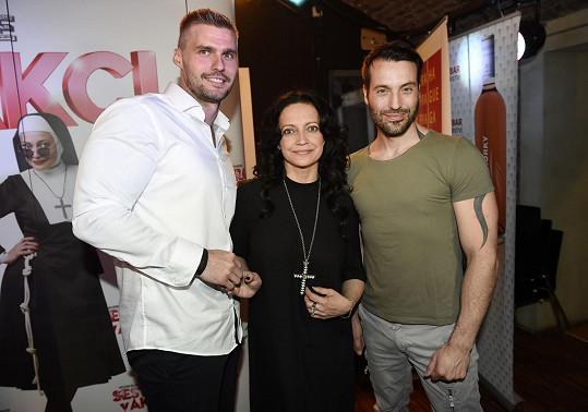 Lucie se svým bývalým manželem Vaškem Noidem Bártou a současným partnerem Radkem Filipim