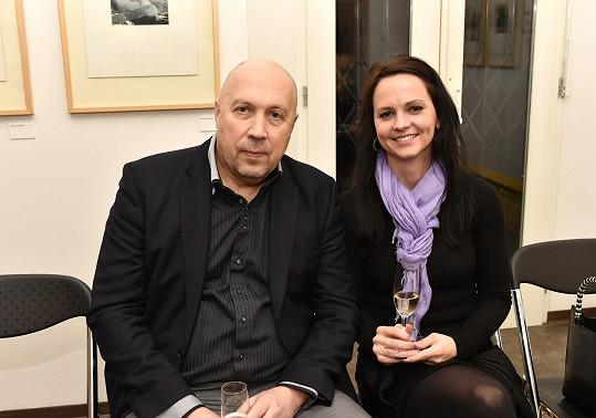Nebo starosta Oldřich Lomecký s partnerkou Veronikou.