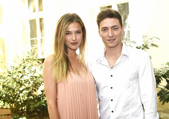 S Andreou Bezděkovou, se kterou prý nikdy netvořil pár.