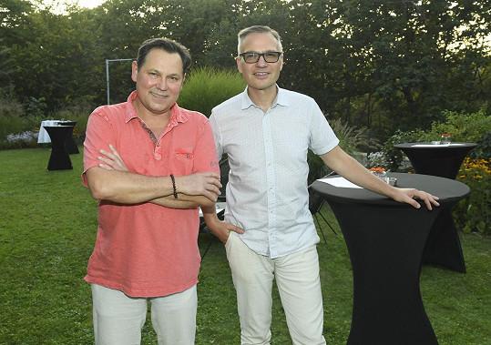 Pavel Vítek a Janis Sidovský tvoří pár víc jak třicet let.