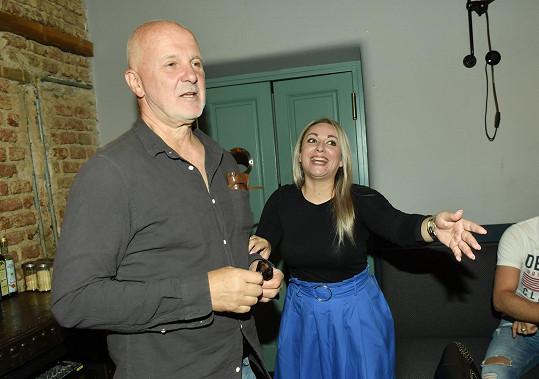 Martina s porotcem Ondřejem Soukupem