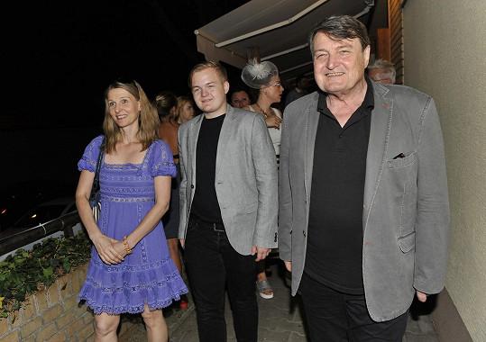 Ladislav Štaidl se synem a přítelkyní Míšou