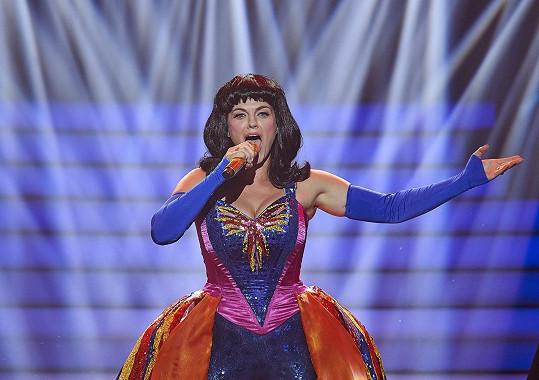 Marta zazpívala píseň Firework.