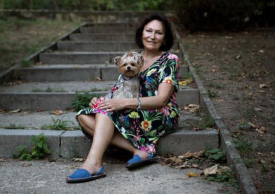 Marta Kubišová zapózovala ve svém prvním kalendáři.