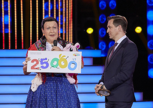 V minulém kole Robert vyhrál jako Jarmila Šuláková, se zraněním bude nyní triumfovat těžko.