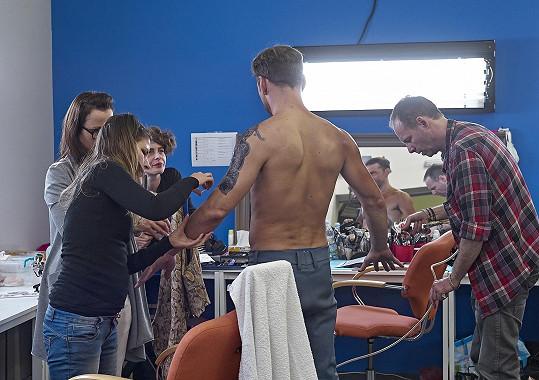 Petr Vondráček během příprav na vystoupení