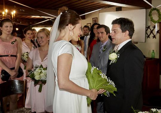 Svatební slib Hedviky a Otíka uvidí diváci v pátek.