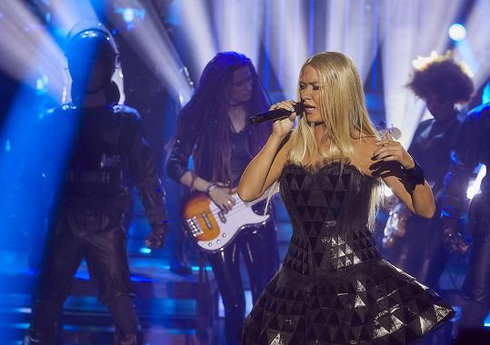Zazpívat podobně jako americká hvězda nebylo vůbec jednoduché.