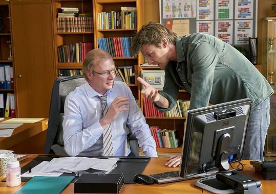 V dalších rolích se objeví mj. Martin Pechlát (vlevo).